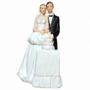 Geld spaarpot bruidspaar met bruidstaart